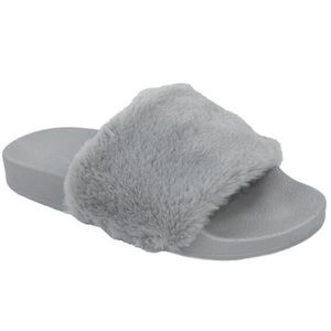 Soda Gray Fuzzy Slide On Rubber Sandals